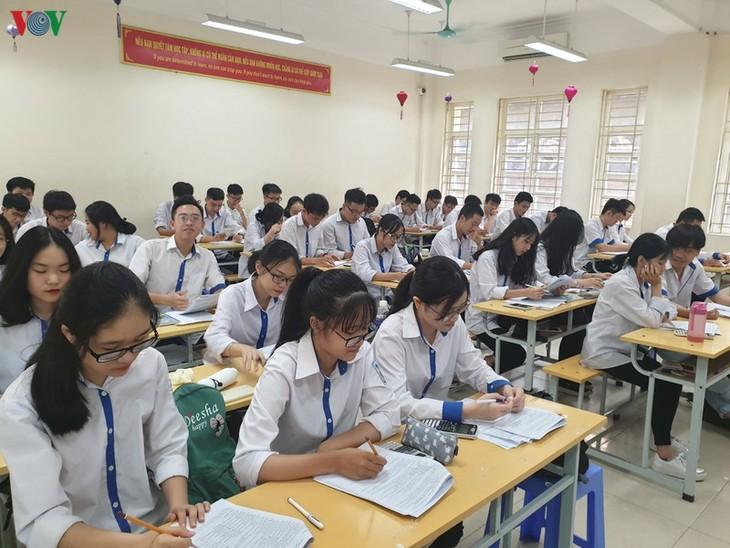 2020年の高校卒業試験の準備作業 - ảnh 1