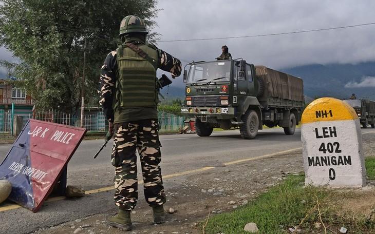 インド軍、「中国の軍事挑発阻止」 パンゴン湖周辺、緊張続く - ảnh 1