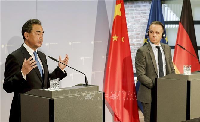 中国外相が欧州5カ国訪問 「誤りは…」講演で米国批判 - ảnh 1