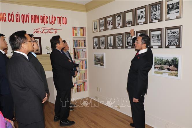 カナダでベトナム独立75周年記念活動 - ảnh 1