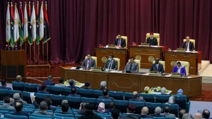 リビア議会、統一政府を信任 12月の選挙管理担う - ảnh 1