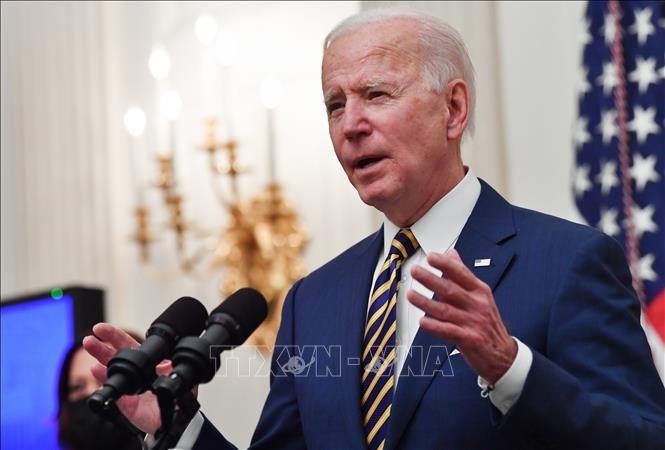 バイデン米大統領、ロシアに「さらなる措置」警告 緊張緩和へ対話も模索 - ảnh 1