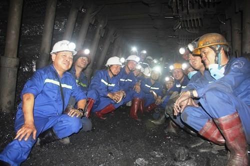 炭鉱労働者の文化価値の発揮 - ảnh 1