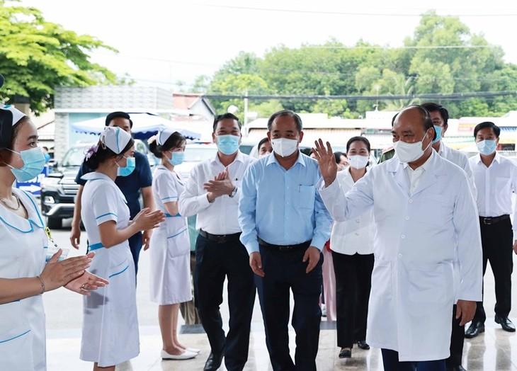 フック国家主席:人民の健康を第一にする - ảnh 1