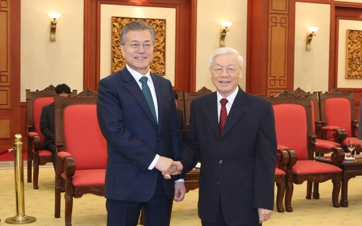 チョン党書記長 韓国大統領と電話会談 - ảnh 1