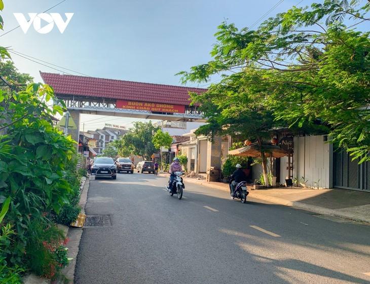 伝統的文化を維持しながら近代的に発展しているブオン・マー・トート市 - ảnh 1