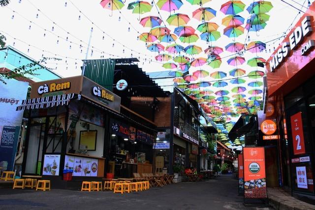 伝統的文化を維持しながら近代的に発展しているブオン・マー・トート市 - ảnh 2