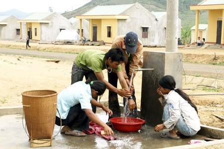 Air bersih dan target pembangunan pedesaan baru. - ảnh 2