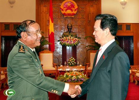 柬埔寨王家军总司令波尔沙伦访问越南 - ảnh 1