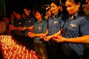 越南全国青年举行报答恩义周活动 - ảnh 1