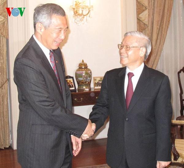 阮富仲与新加坡总理李显龙举行会谈 - ảnh 2