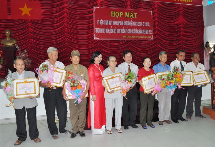 胡志明市举行外国机构代表迎春见面会 - ảnh 1