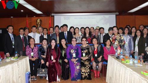 越南祖国阵线和本台举行海外越南人2013年癸巳春节见面会 - ảnh 1