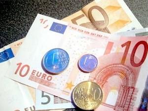 法国总统奥朗德呼吁保护欧元 - ảnh 1
