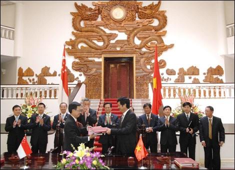新加坡希望与越南加强第三产业合作 - ảnh 1