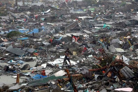 """超强台风""""海燕""""给菲律宾造成巨大破坏 - ảnh 1"""