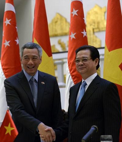 越南-新加坡关系在所有领域有力发展 - ảnh 1