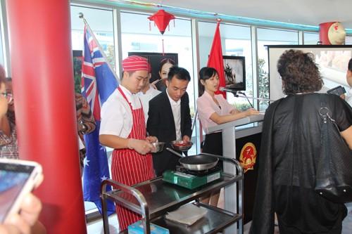 在澳大利亚介绍越南饮食文化 - ảnh 1