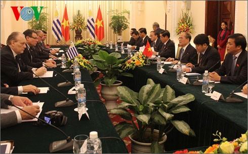 乌拉圭众议院议长开始对越南进行正式访问 - ảnh 1