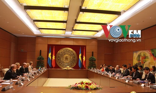 越南国会主席与瑞典议会议长举行会谈 - ảnh 1