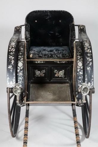 阮朝皇帝成泰送给慈明皇太后的手拉车即将从法国回到越南 - ảnh 1