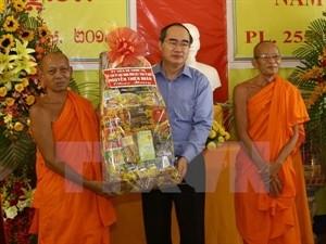 阮善仁向高棉族同胞祝贺新年 - ảnh 1