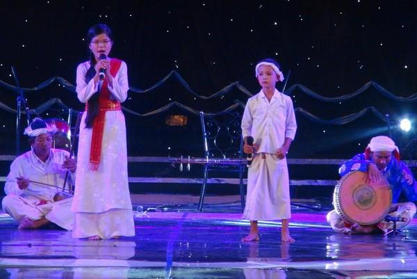 南部地区越南民歌节开幕 - ảnh 1