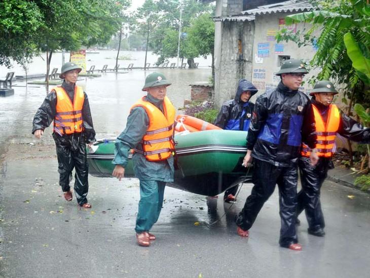 越南北部各省积极克服洪灾影响 - ảnh 1