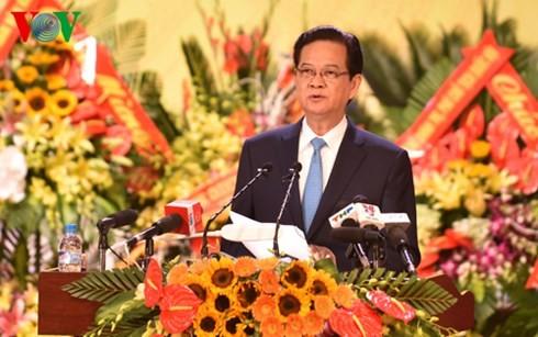 越南党政领导人出席指导海防市和巴地头顿省党代会 - ảnh 2