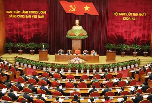 越南全国人民对越共十二大取得圆满成功表示高兴 - ảnh 1