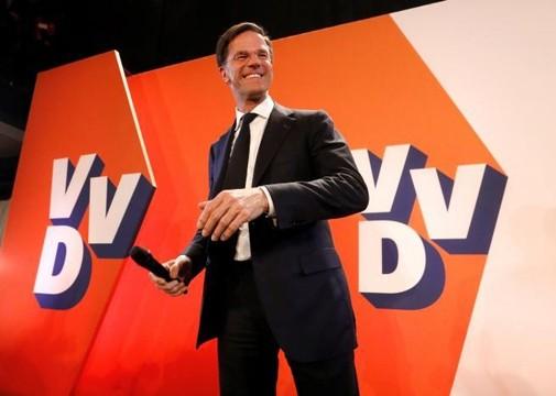 荷兰首相吕特的自由民主人民党获得国会相对多数席位 - ảnh 1