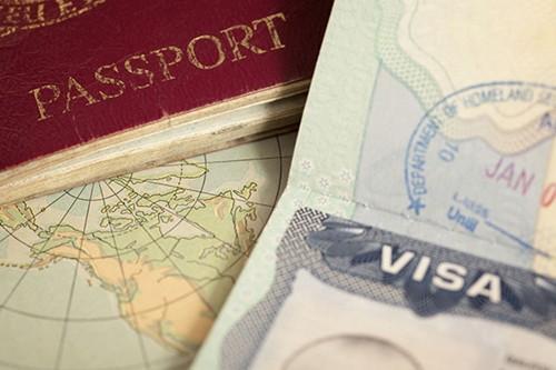 卡塔尔给外国人永久居留权 - ảnh 1