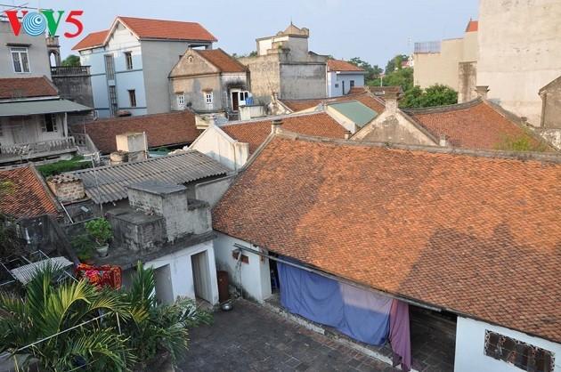 拥有越式和法式建筑的巨沱村 - ảnh 2