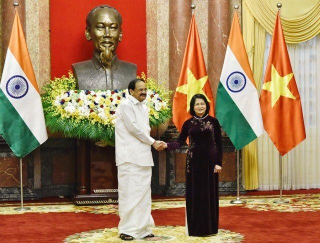 越南国家副主席邓氏玉盛与印度副总统奈杜举行会谈 - ảnh 1