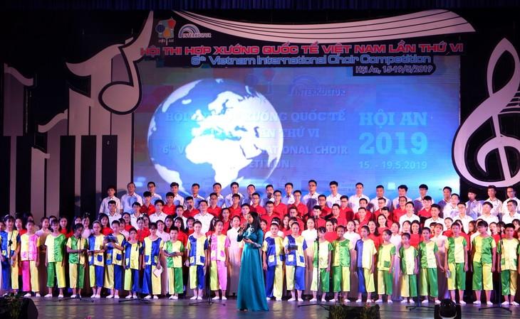 近一千名艺术家参加第6次越南国际合唱比赛 - ảnh 1