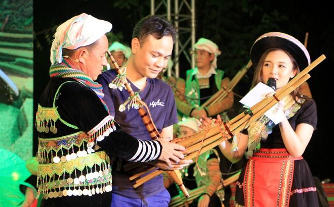 首都河内安沛省赫蒙族特色文化 - ảnh 1