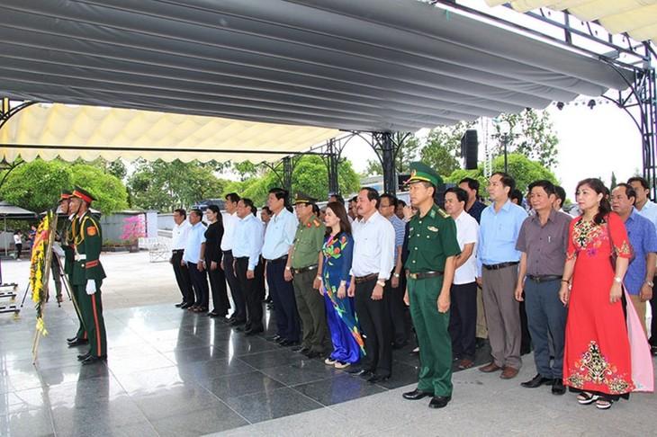 纪念越南荣军烈士节活动在全国各地举行 - ảnh 1