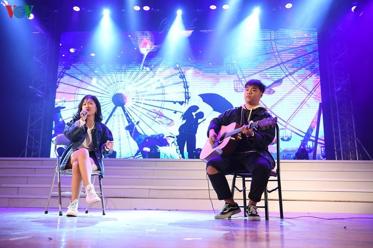 """为""""VOV韩国语歌曲演唱比赛""""决赛做好准备 - ảnh 1"""