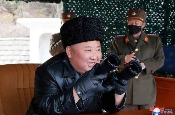 金正恩再次指导朝鲜人民军前线远程炮兵部队火力打击训练 - ảnh 1