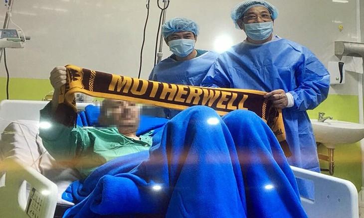 国际媒体报道越南成功治愈第91例新冠肺炎患者——英国籍飞行员 - ảnh 1
