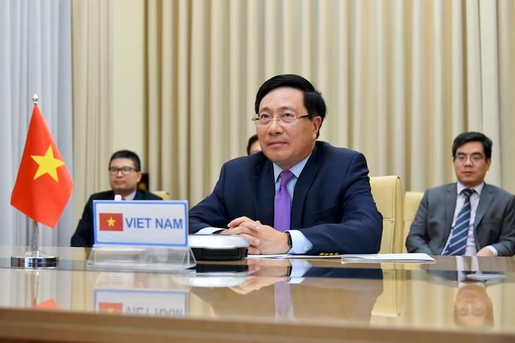 政府副总理兼外长范平明: 越南严格履行有关气候变化的承诺 - ảnh 1