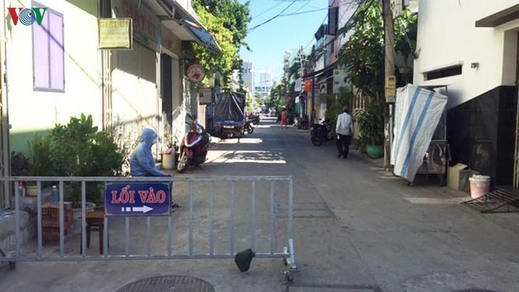 越南各地采取有力措施,决心击退疫情 - ảnh 1