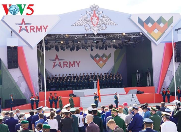 越南参加俄罗斯国际军事比赛 - ảnh 1