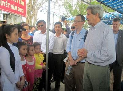 Amerika Serikat akan membantu Vietnam menghadapi perubahan iklim - ảnh 1