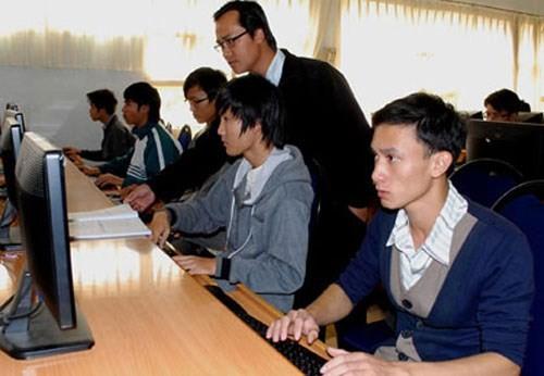 Republik Korea membantu mendidik tenaga kerja Vietnam di bidang energi nuklir - ảnh 1
