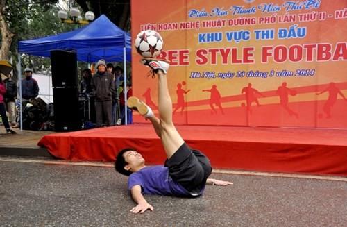 Festival kesenian jalanan kota Hanoi - ảnh 3