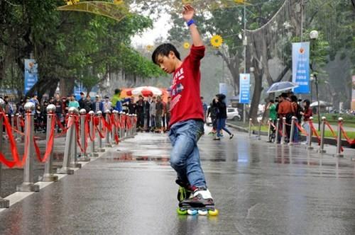 Festival kesenian jalanan kota Hanoi - ảnh 2