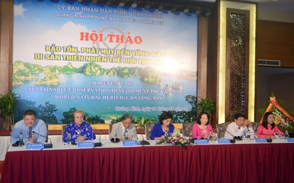 """Lokakarya """"Mengkonservasikan dan mengembangkan secara berkesinambungan nilai pusaka alam dunia teluk Ha Long"""" - ảnh 1"""