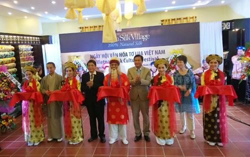 Hari  Budaya Sutra Vietnam - ASEAN - ảnh 1