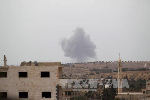 Pesawat Rusia menghancurkan banyak basis penting IS di Suriah - ảnh 1
